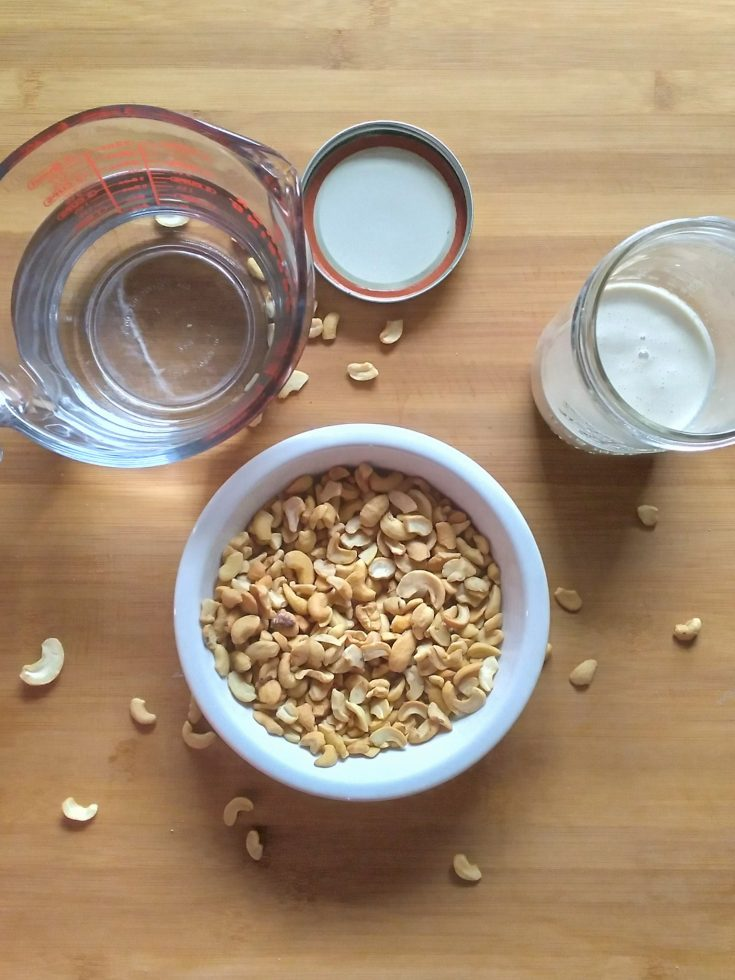 cashews and water for cashew creamer